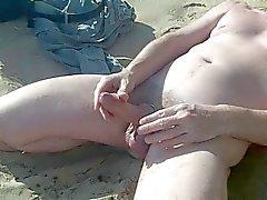 Big Show torneira escocês se na praia