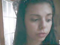 TeensInTheWoods Gina Valentina escrava do sexo