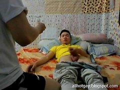 Vietnamita gay fucking en la cámara p4 - Giang vien Binh Duong