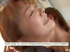 Mihiro oskadlig Kinesisk flicka åtnjuter ett fucking i bussen
