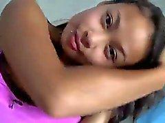 Filipino девушка в душ