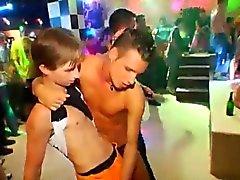 Gay twinks grupo nudity movietures Este impresionante masculino stri