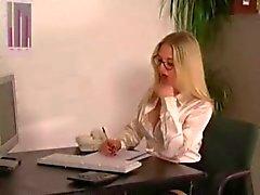 Ein Tag im Buero - apenas mais um dia (HJ ) no escritório