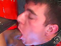 Sexy Dominatrix Torments dur Cocked slaveboy