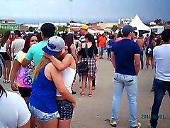 besos en concierto 3