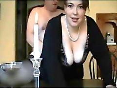 Amateur fantastisk Brittisk hustrun blir knullade