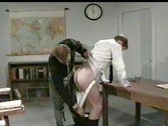 Teacher трахается студент жокея мышечного