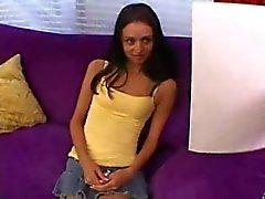 Shy Marissa 's eerste Casting ... F70