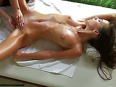Massage voor een jong meisje