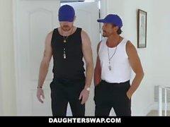 KızıSwap - Azgın Tenis Kızlar Ride Stepdads Cock