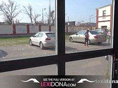Lexidona - Hot Babe Lexi Dona e Gina Gerson cazzo succhiare