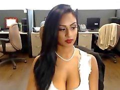 Sexi Desi Bitch Skypellä neljä