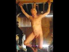 Escravo crucificado como punição corretiva