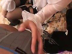 Japanin amatööri perverssi alusvaatteita sormeili työpöytä
