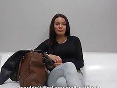 Super Hot Brunette no elenco checo