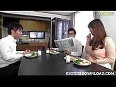 Vackra japanska som stora tuttar