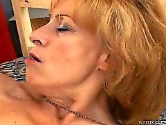 Бабушкины волосатая киска