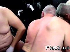 Горячие парни геев фистинг аппликатуры фильмы парней геи и девственницей Ьо