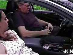 Papai traz vagabunda adolescente