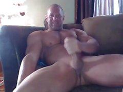 Muskel Brad Kanten Jerks & Cums auf Cam
