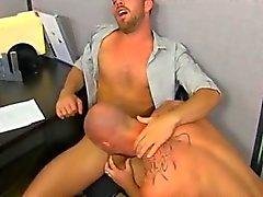 Muscle top Mitch Vaughn slams Parkers ass