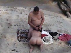vídeos Voyeur esta padres sobre la playa