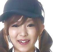 Mikun Airin Aasian koulutyttö räjäyttää iso mulkku