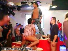 Yksin amatöörien teini poika nude Gayseksi xxx seuran täynnä