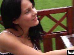 Anabella se folla en la terraza