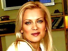 Les pieds Olesya Sudzilovskaya