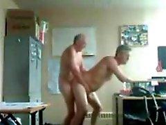 Papá y el abuelo la diversión