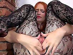 Gynäkologen Vibrator ihren riesigen redhead Scheide