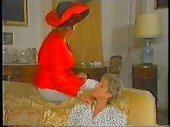 Ретро взрослых Французская мамы наслаждается фистинга