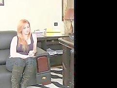FemaleAgent - Busty pyöristyä punapää katkaisee anal