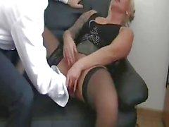 Фистинг мой немецкую женский суки боссом пока она не впрыскивает