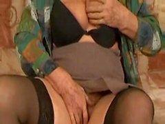 Alte Oma Norma noch ficken