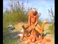 Plajda babalar bareback
