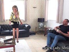 Lady Sonia'nın Çayında İspanyolca Fly
