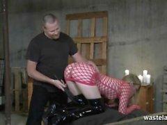 Sexy morena não pode obter o suficiente inverter cowgirl como ela monta-lo ao orgasmo