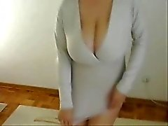 You like my hot mom ? Stolen video