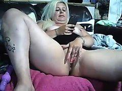 Große Brüste Amateur blonde Freundin anal ausprobieren zu Hause