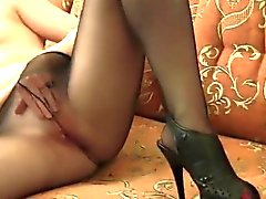 Dirty Girl se masturbe Bien que en collants