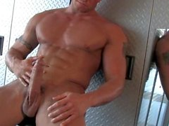 BiG STUD JAX HIZ PUD ON MIRROR ! HOT ! ! !