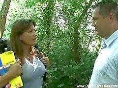 Holländska MILF Fucked In The skogen