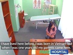 FakeHospital Vackra Vietnamesiskt patientens ger läkare ett sexuella belöna