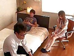 Özel Öğretmen Koleji Öğrenci Miyu Misaki olduğunu
