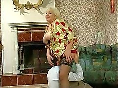 Chicas Granny Fucked