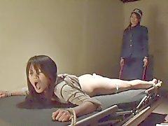 Freaks of Nature 110 Lesbien Japanse Gevangenis 3