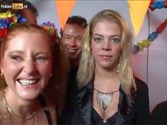 Голландские сестер имеет групповуха