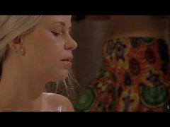 xCHIMERA - Domination ja fetissi leikkiä upealla tšekkiläisellä blondi Lola Myluv